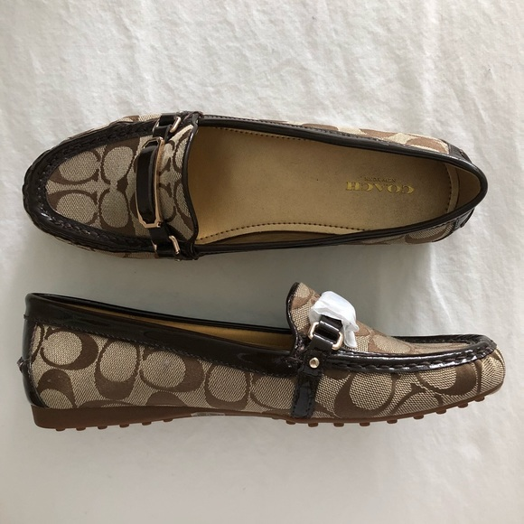 5c18b12a264 Never Worn Coach Loafers